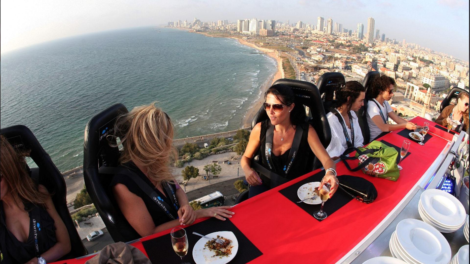 Dinner in the sky_Miami